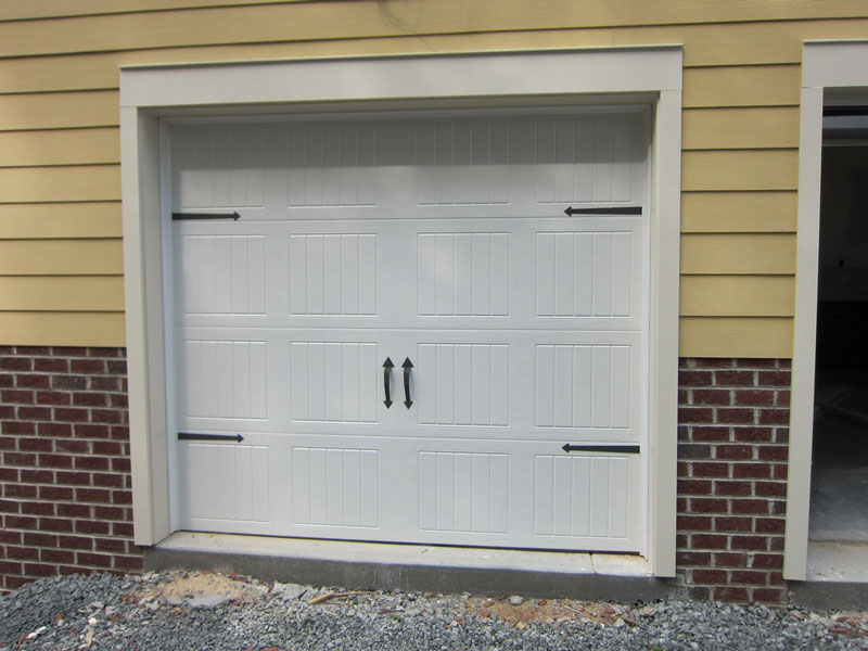 how-to-secure-garage-door-for-hurricane